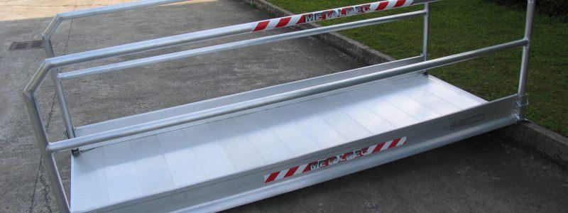Aluminiumrampen mit Handlauf