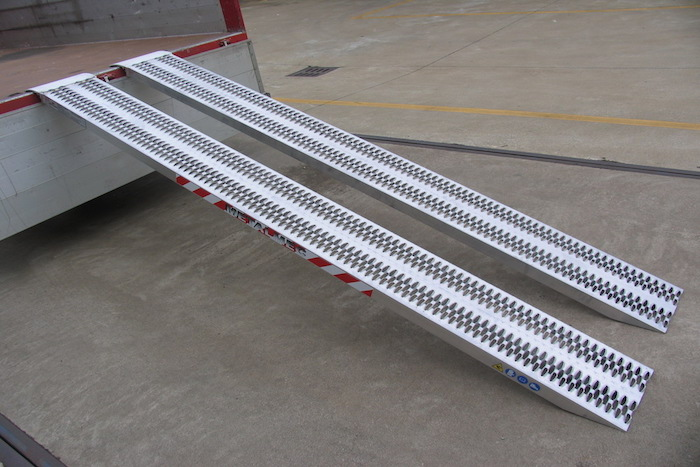 Loading Ramps for professional use up to 4500kg