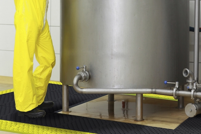 NoTrax™ Anti-Fatigue Matting for wet and oily areas